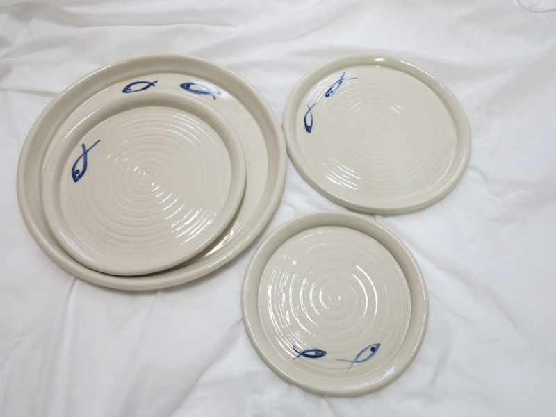 Set of Plates (diameters 16-26 cm) - Fish